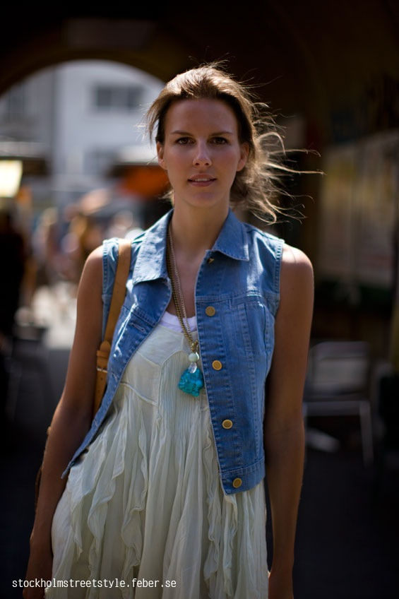Jeanvests-stockholmstreetstyle